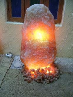natural salt lamp 18