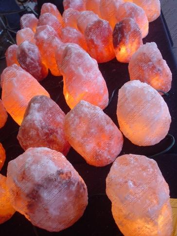 natural salt lamp 38